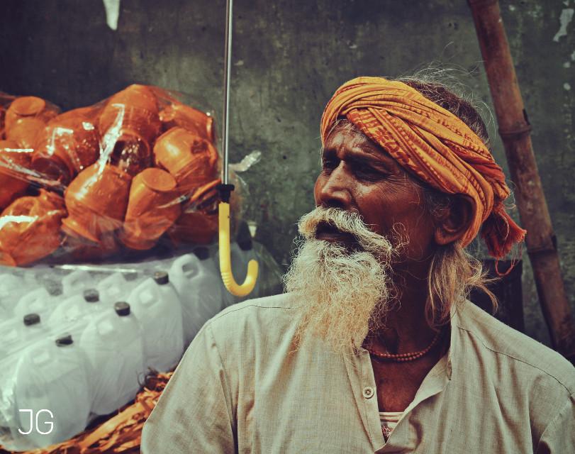 Portrait  of a pot seller    #photography #emotions   #portrait