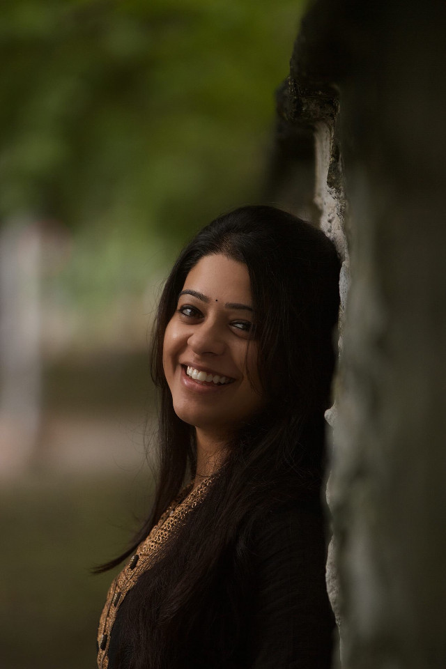 Smile is the best accessory a girl can wear :)   Model : Sowmya Ramani  #interesting #art #nature #london #travel #people #sky #photography #summer #smile #girl #model #picsart #picoftheday #light #freetoedit