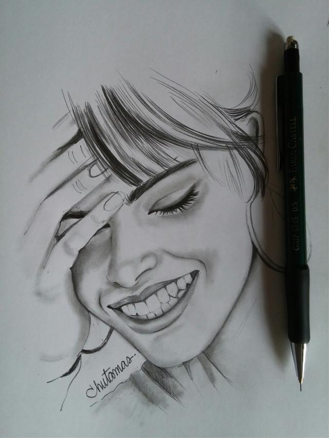 #drawing  #blackandwhite  #lightandshading  #pencilart   #portrait  #sketch book #woman  #smile😁😄😉🌹🌷💙