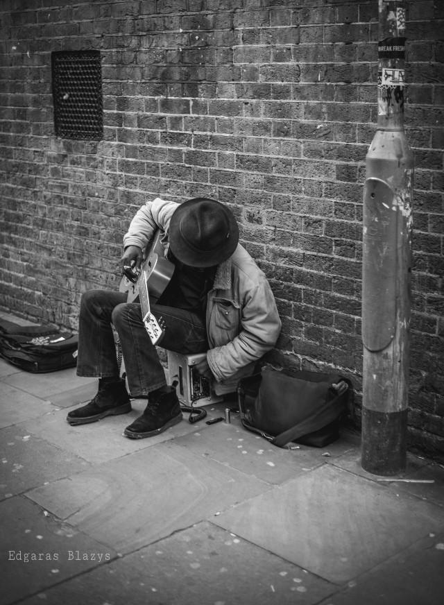 Music artist  #music #guitar #black&white #wall #bricks